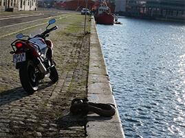 sort motorcykel